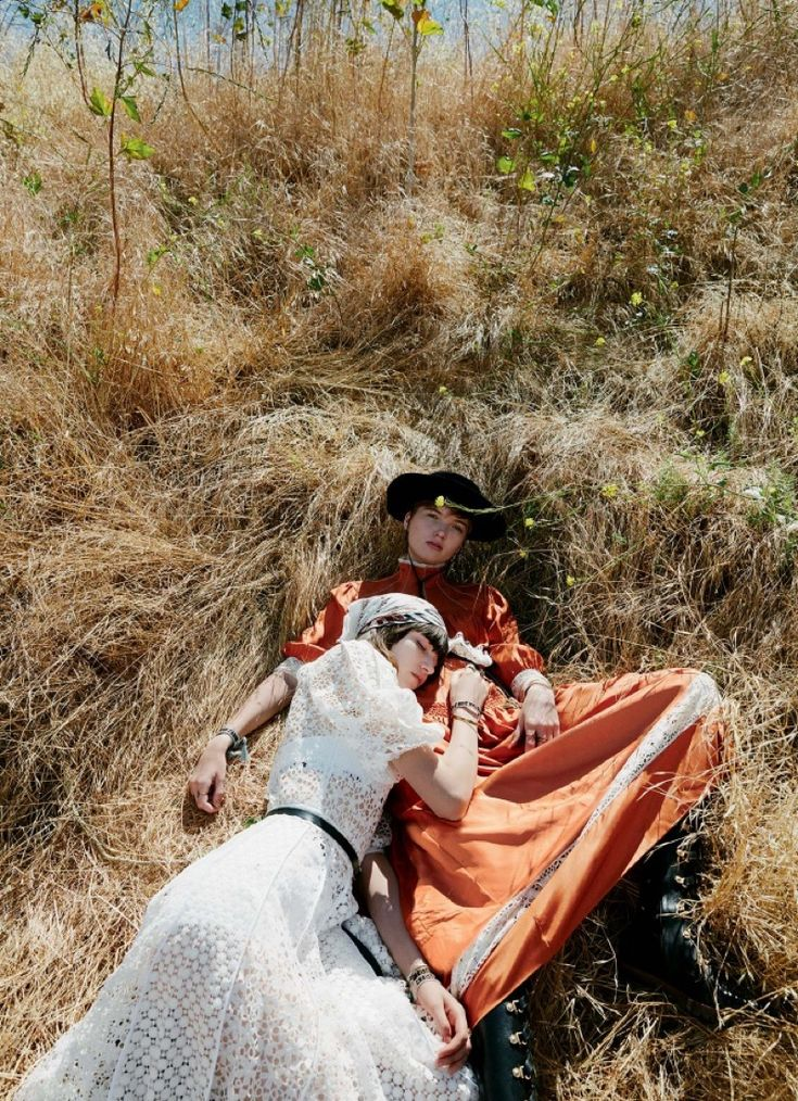 Top models Grace Hartzel and Ruth Bell grace the pages of the latest Dior Magazine. Photographed by Cass Bird and styled by Alex White, the pair head outdo