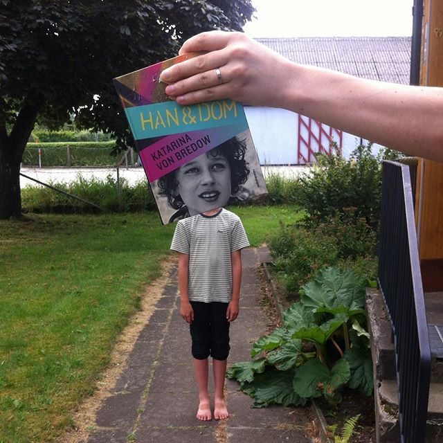 Hade inga bra böcker så den här får duga som #bookfacefriday (och dessutom en dag sent). #barnensboksommar