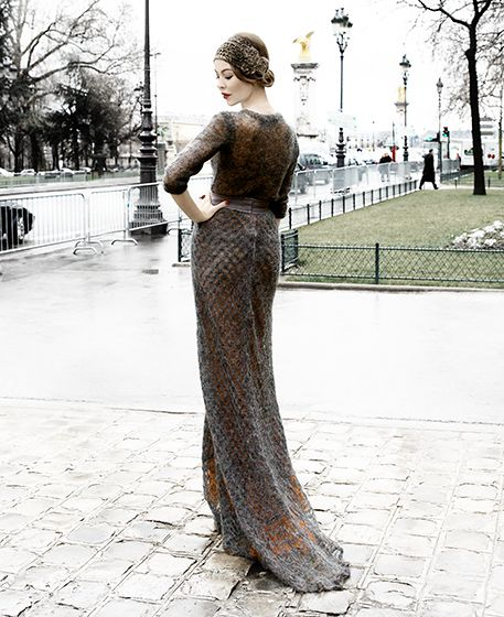 Amazing knit gown with 1920's hair
