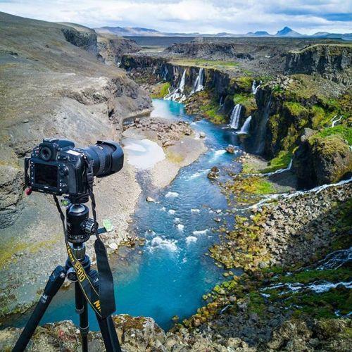 [#picoftheday] Dans les coulisses de mon voyage dans les hauts plateaux de l'Islande. 10 jours de hors-piste de camping de randonnée et de shooting avec mon Nikon D810 Nikkor 19mm Tilt Shift Nikkor 70-200mm FLM Tripod NiSi Filters par @danielcheongdubai. #Nikon #NikonFr #TeamNikon #iceland #travel via Nikon on Instagram - #photographer #photography #photo #instapic #instagram #photofreak #photolover #nikon #canon #leica #hasselblad #polaroid #shutterbug #camera #dslr #visualarts #inspiration…