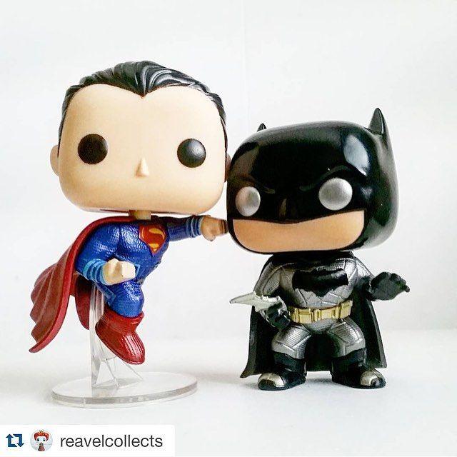 A dupla #BatmaneSuperman está disponível a pronta entrega na www.coolcollectibles.com.br  Os demais modelos de #Funkos do #BatmanVsSuperman #AOrigemDaJustica estão disponíveis na pré-venda da #COOLcollectibles www.coolcollectibles.com.br  Modelos disponíveis : #Batman #Superman #WonderWoman #Aquaman #BatmanKnightmare #BatmanSoldier   #DCComics  #DawnOfJustice #BruceWayne #BenAffleck #ClarkKent #HenryCavill #MulherMaravilha  #TheFlash #LexLuthor #LoisLane #Funko #FunkoPop #FunkoP...