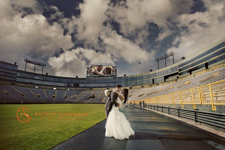 Beautiful Lambeau Field Wedding by Green Bay wedding photographer Andrew Samplawski Photography #wedding #lambeau #marriage #couple #packers www.samplawskiphotography.com