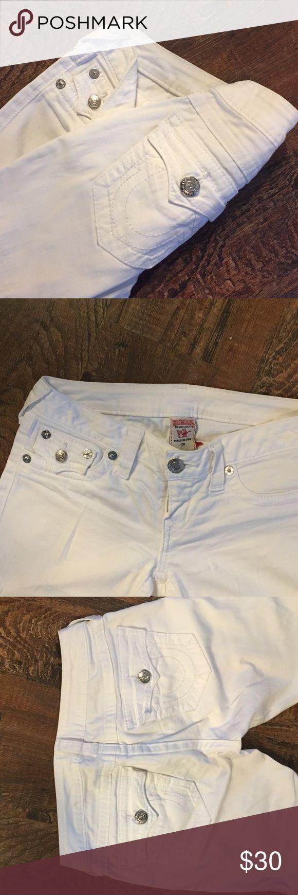 TRUE RELIGION | stretchy soft white bootcut jeans True Religion white bootcut jeans. ☁️ Very comfortable and stretchy! True Religion Jeans Boot Cut
