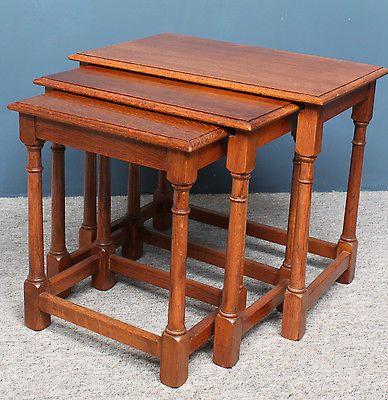 solid light oak antique style nest of 3 tables larges 38cm. Black Bedroom Furniture Sets. Home Design Ideas