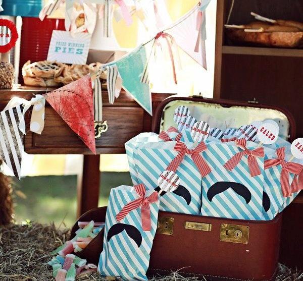 """Darling """"Stache Bags"""" by Lulu's - bags from Shop Sweet Lulu"""