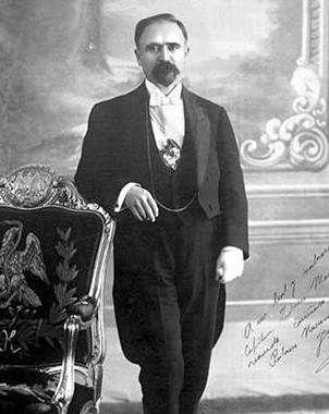 Francisco I. Madero fue asesinado la noche del 22 de febrero de 1913 en la decena Trágica. presidente de México 1911-1913.