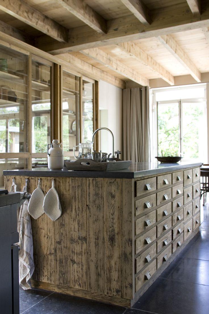 17 beste idee n over oude huis verbouwen op pinterest oud huis verbouwen budget keuken - Keuken in het oude huis ...