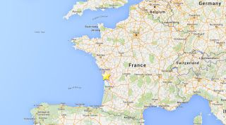 Earthquake hits southwestern French city of LaRochelle #news #France #earthquake  http://www.onlyheadlines.org/2016/04/france-earthquake-today-hits-city-larochelle.html