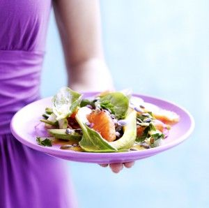 Echt heerlijke salade, aanrader! Ik heb alleen iets meer gembersiroop toegevoegd, voor de smaak. Hangt ook af van de zoetheid van je grapefruit! De mijne was vrij zuur/bitter.