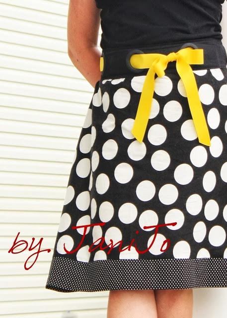 Grommet Waistband Skirt