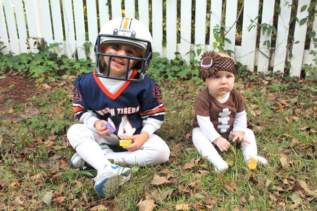 brother halloween costumes | Brother Sister Costumes #halloween