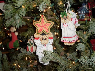 Debbie Mitchell is famous for her cute bears and these Christmas ornaments are from one of her Cozy Cubby books.