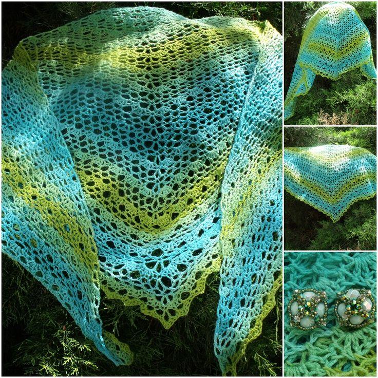 Crochet Triangle Shawl, Free pattern: http://gosyo.co.jp/english/pattern/eHTML/ePDF/1204/3w/210-211-34_Triangle_Shawl.pdf