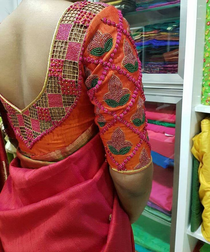 Gorgeous #Saree #Choli Blouse, Indian Fashion via @sunjayjk (Original Source unknown)