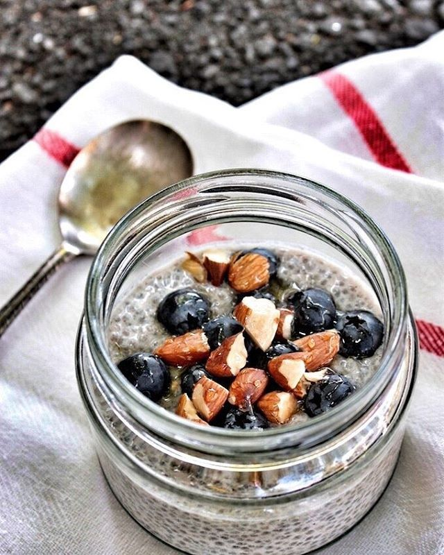 Our HEAL clients have been loving our Thrifty Wholesome Chia Puddings straight from the Body Kinect cookbook.... Who wants the recipe?☝️😜 📷@thriftywholesome