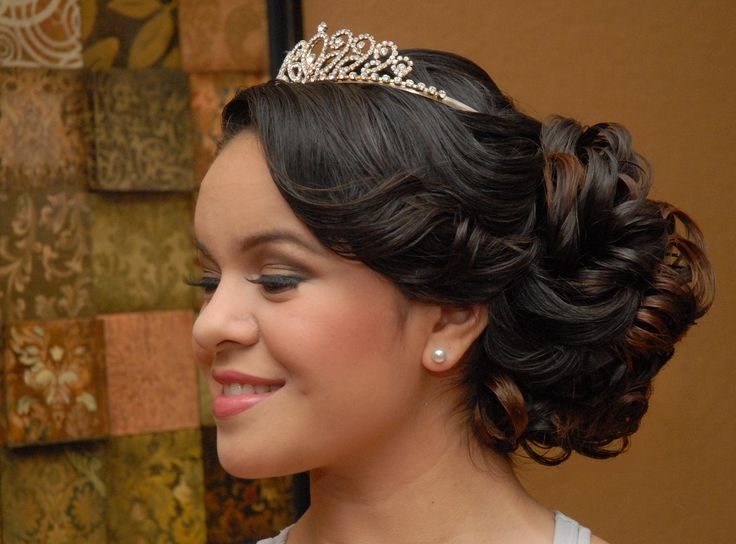 15 Anos Makeup: Quinceanera Hairstyle Side View