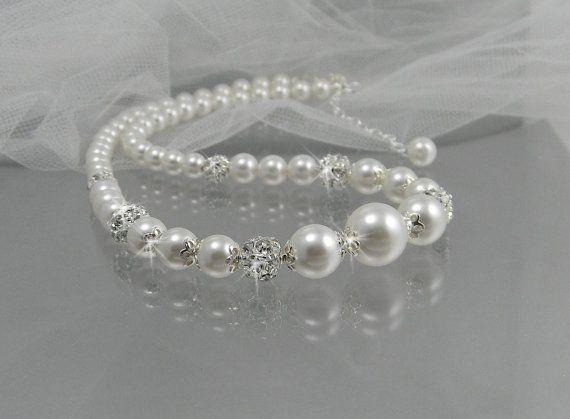 Pearl Bridal Necklace Pearl wedding necklace by CrystalAvenues