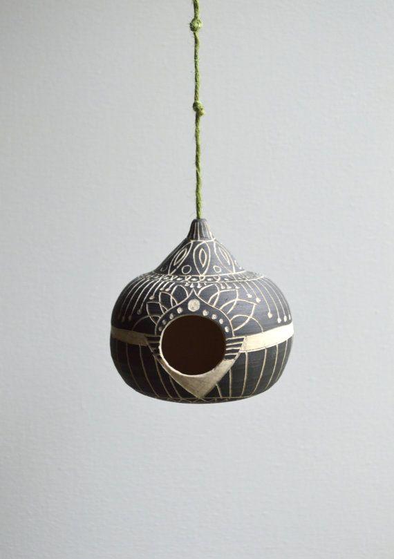 H O M E  Ceramic functional birdhouse von mbundy auf Etsy