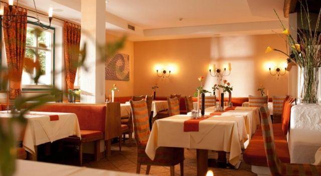Maiers Wellnesshotel Loipersdorf - 4 Star #Hotel - $149 - #Hotels #Austria #Jennersdorf http://www.justigo.us/hotels/austria/jennersdorf/maiers-aktivhotel-loipersdorf_49285.html