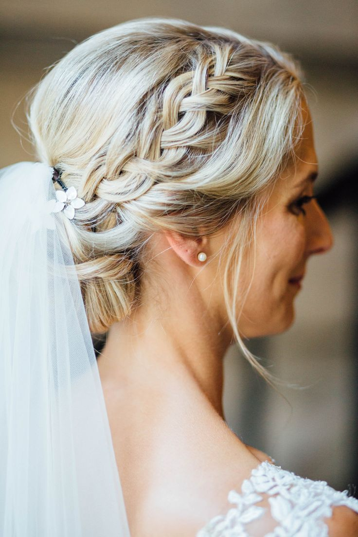 Bridal hairstyle, updo, braided, blond hair, veil, bridal hairstyle, updo