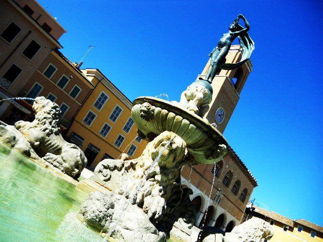 Fontana di Piazza XX Settembre