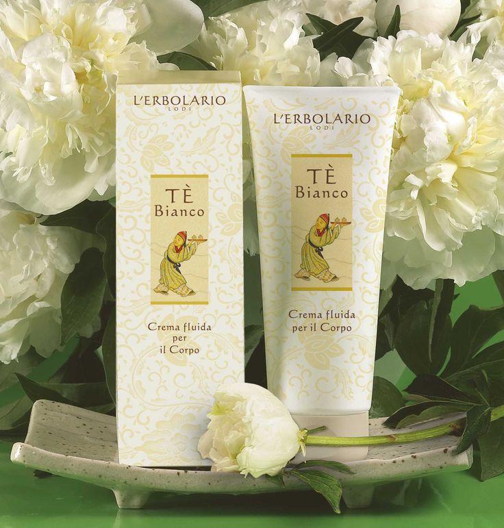 Oggi bianchi pensieri in una tazza di Tè... Tè Bianco! Buona giornata! http://www.erbolario.com/linee/56-te-bianco