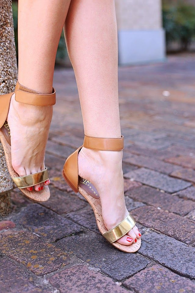 The Ivanka Trump Sunny Sandal on A Pinch of Lovely: Casual Glam