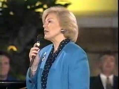 Bill Gaither Trio - The Church Triumphant