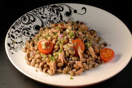 Μαυρομάτικα με πέστο μυρωδικών και τόνο - Γρήγορες Συνταγές | γαστρονόμος online