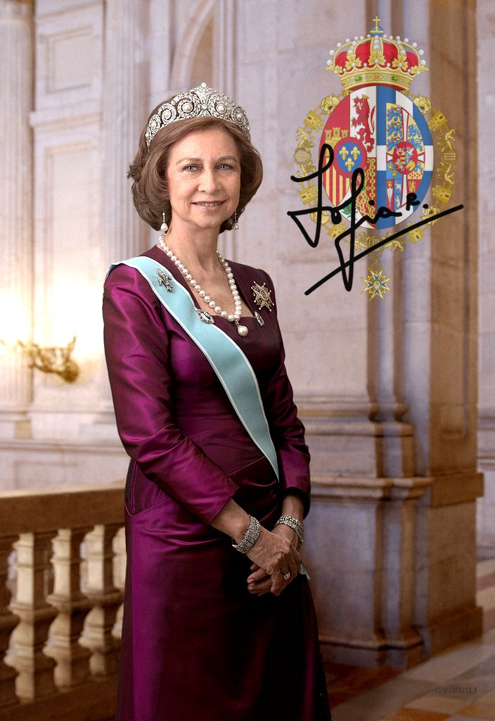 Royal Meme ROYAL FACTS  [2/5]→Queen Sofía, Europe's best connected royal  Granddaughter of a King, daughter of a King, sister of a King, wife of a King, mother of a King and perhaps someday grandmother of a Queen, there's no other living royal with her connections. Among her ancestors there are Kings of Greece, Kings of Denmark, Russian Emperors, German Emperors, British and Hanoverian Kings and of course, the Catholic Monarchs.