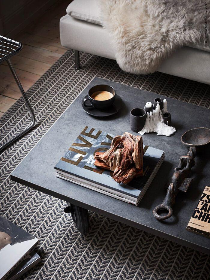 Samenwonen: tover de man cave om tot een gezellige ruimte door middel van een warm vloerkleed | IKEA IKEAnl IKEAnederland inspiratie wooninspiratie interieur wooninterieur LOBBÄK vloerkleed kleed geweven beige