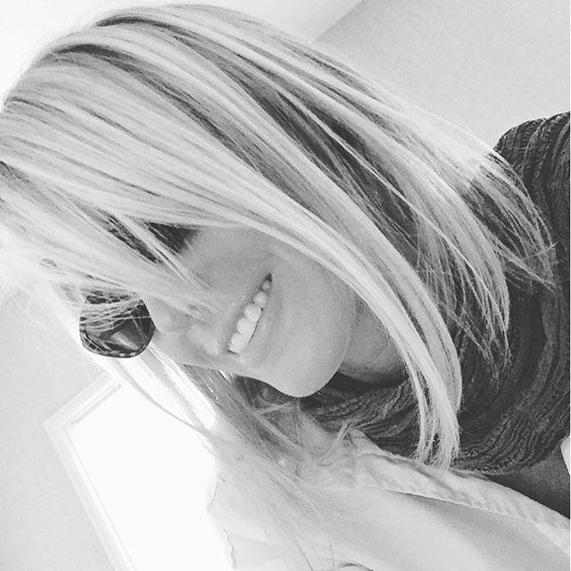 #Black #White #Waiting #Silly #Selfie's #Sleepy #Coast #Sunshine