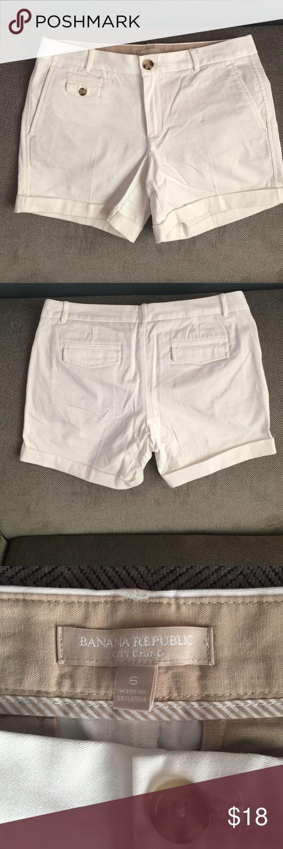 ⚡️⚡️Flash Sale⚡️Banana Republic City Chino Shorts EUC Banana Republic City Chino Shorts. Super cute and versatile. Dress them up or down. Banana Republic Shorts