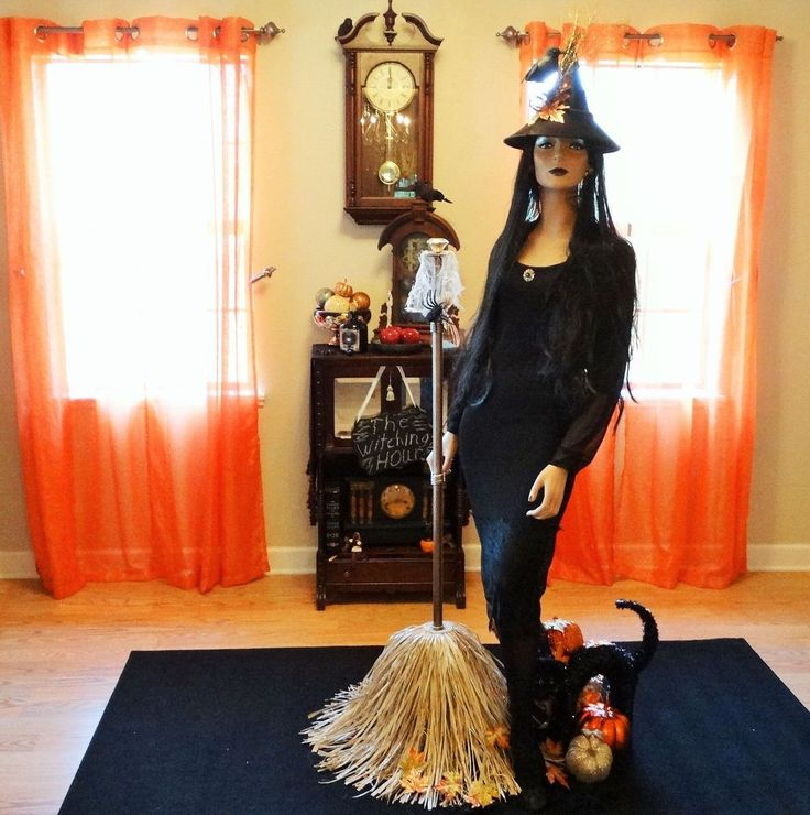 Turn a Broken Lamp into a Witches Broom