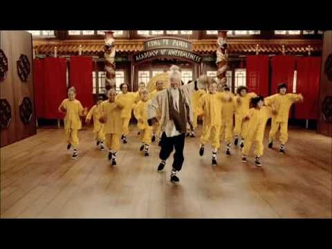 Cee Lo Green & Jack Black - Kung Fu Fighting