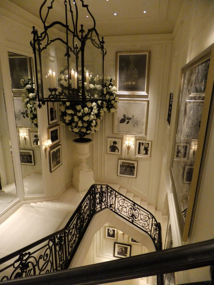 Ralph Lauren's Women's Flagship Store - just in this store - BEAUTIFUL - LOVE all the black and white photography.