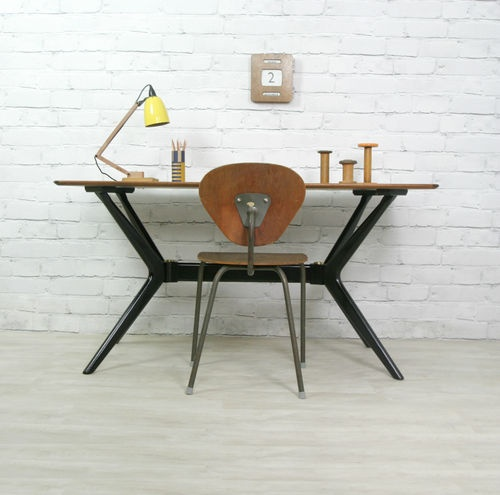 G PLAN E-GOMME MID CENTURY TABLE