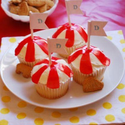 Walt Disney World - Dumbo's Big Top Cupcakes #DIY #Recipe