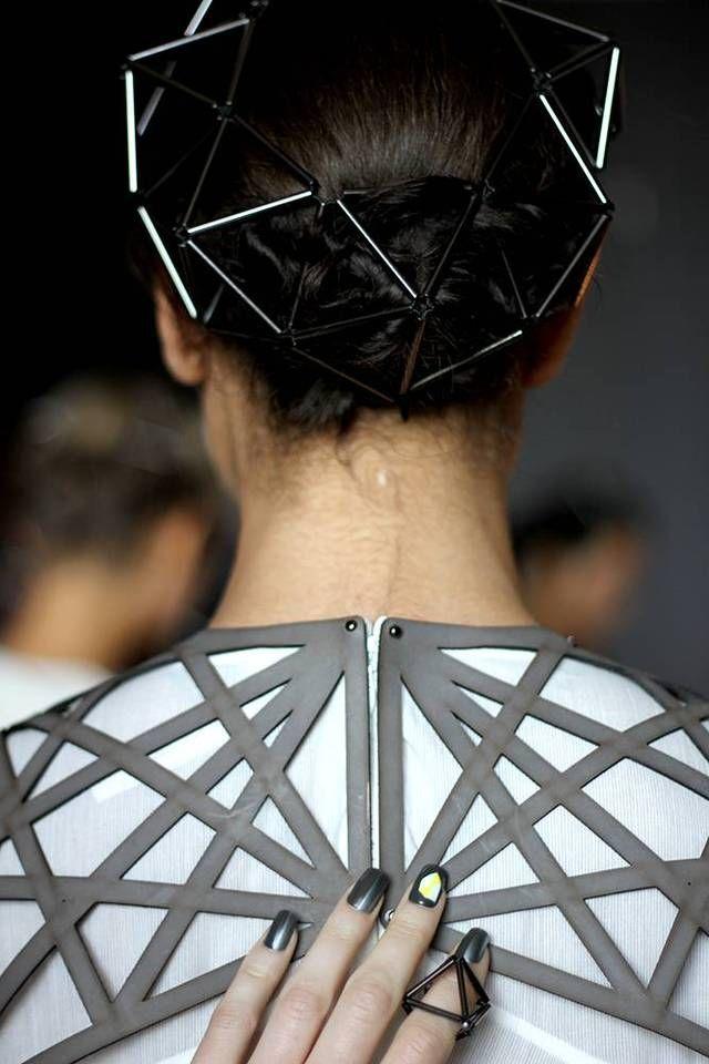 GEOMETRIC ELEGANCE: TITANIA INGLIS fashion design detail