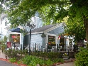 Uncommon Ground's Cafe is the only coffee shop in Saugatuck that roasts their own beans.