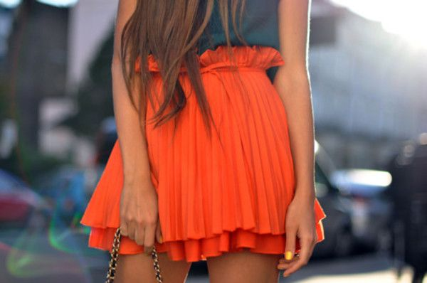 easy breazy beautifulOrange Skirts, Fashion, Style, Closets, Clothing, Colors, Long Hair, Summer Skirts, Pleated Skirts