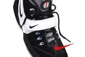 promo code f8eee 03c51 20 Designs that Changed the Game Nike Air Swoopes