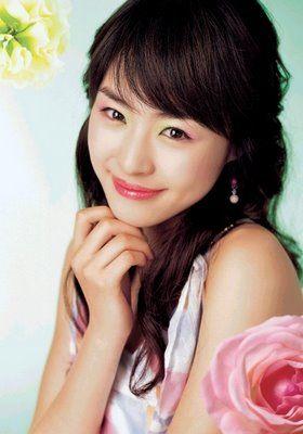 660c5_Lee+Yeon+Hee+%EC%9D%B4%EC%97%B0%ED%9D%AC.jpg (280×400)