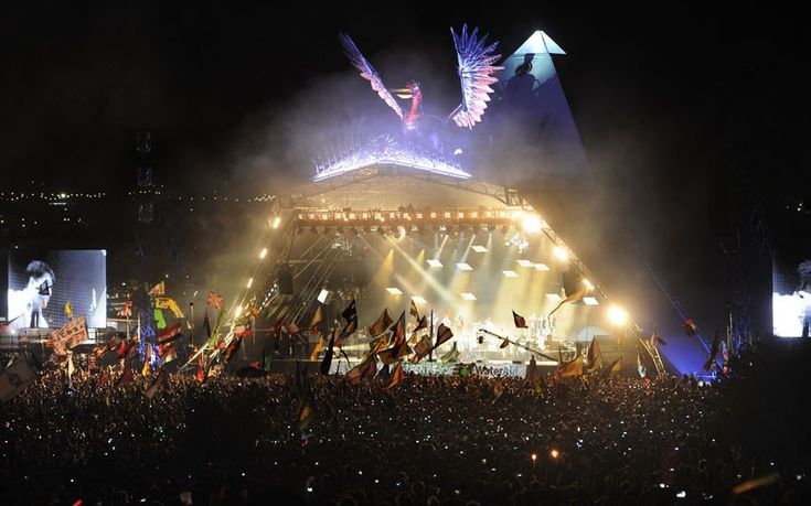 Some of the best pictures from Glastonbury 2013 music festival.