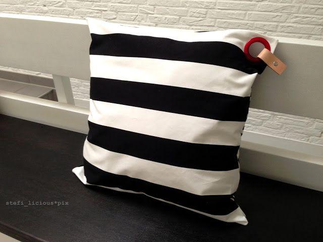 pillowcase b/w stripes with piercing - schumann 6