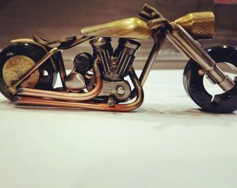 Bicicleta de carretera de arte scrap hecho a mano
