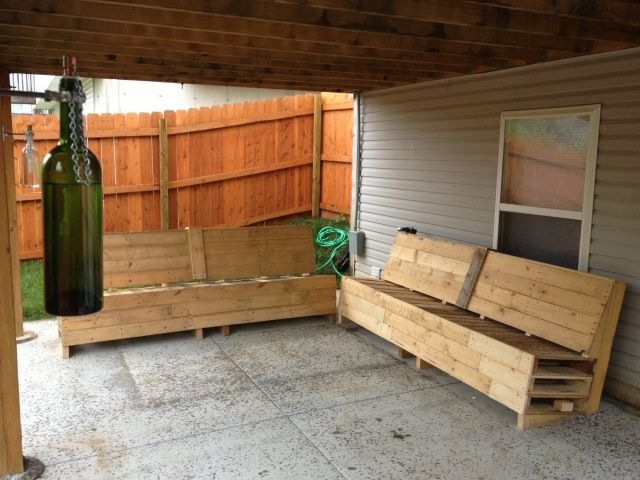 25 best ideas about pallet couch outdoor on pinterest pallet couch diy pallet furniture and. Black Bedroom Furniture Sets. Home Design Ideas