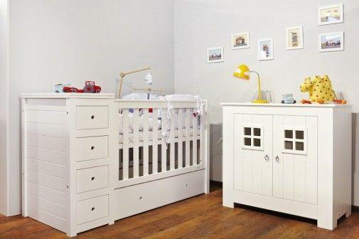 Rodzice poszukujący wysmakowanych mebli i dodatków do pokoju dziecka teraz mogą zapoznać się z ofertą w showroomie  zanim dokonają wyboru. http://sztuka-wnetrza.pl/1879/artykul/meblowy-showroom