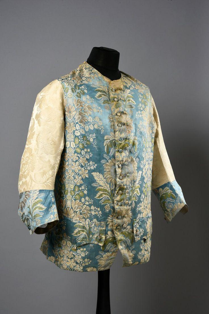 Billedresultat for 18th century longsleeved waistcoat