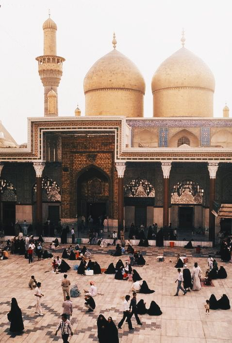 aliirq:  Al-kadhimiya mosque. Baghdad, Iraq. 1985 © Steve McCurry
